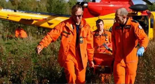 Спасательные команды на местах